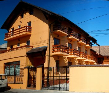 hotel langa aqua park brasov